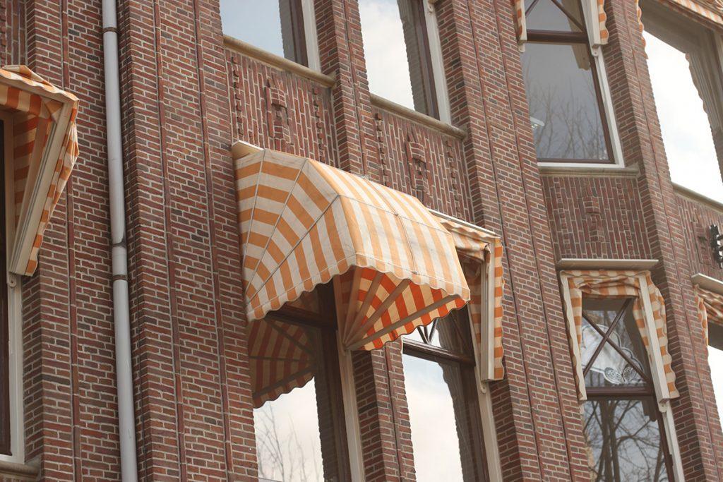アムステルダム・窓のホロ