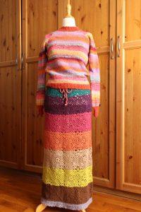 Pull en tricot et Jupe en crochet